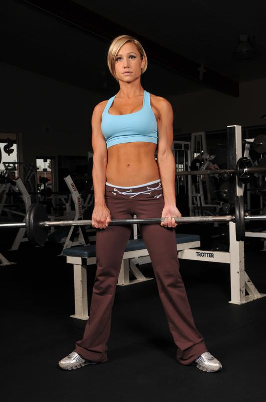 women-lifting-weights-generic